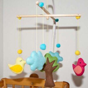 diebuntique-baby-mobile-vogel-im-wald